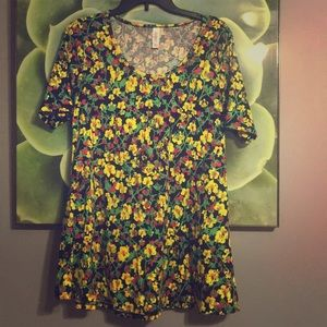Bright floral flowy spring fall lularoe perfect T